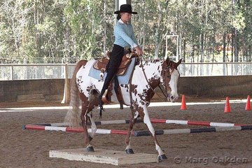 Kunda Feminette steps sweetly off the bridge for rider Stacey Bentley in the Junior Youth Trail class.