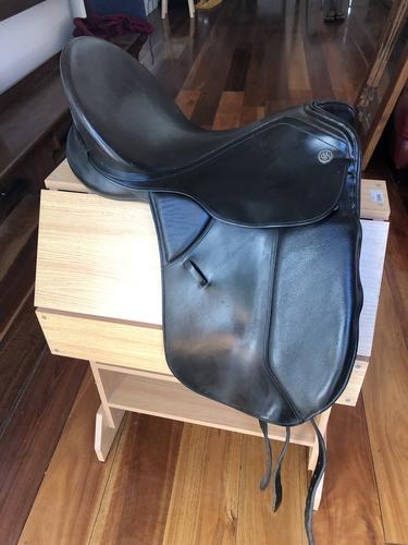 Kieffer 18 Dressage Saddle