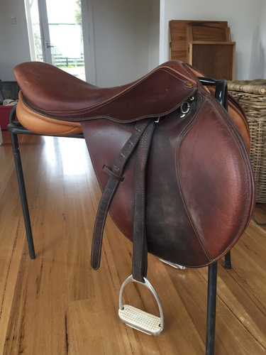 Eric Thomas Jumping Saddle | Saddlery for sale - Saddles