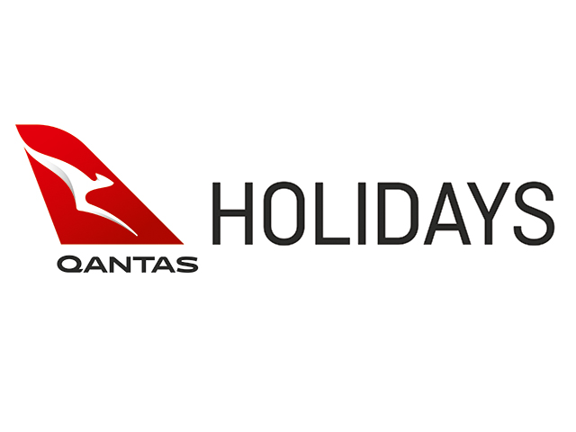 Qantas Holidays Travel Packages to see The Royal Edinburgh Military Tattoo