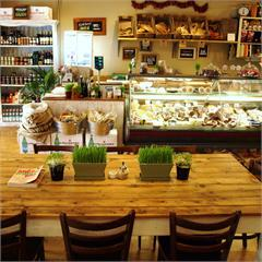 2042 Cafe and Deli