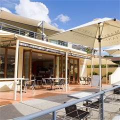 Pippi's Cafe & Bar @ Yamba Beach Motel