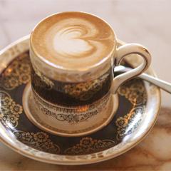 Revolver Café