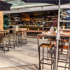 Seawall Restaurant & Bar