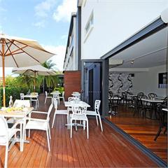 The Little Nel Cafe @ Nelson Bay Resort
