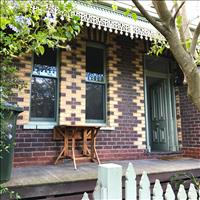 Share house Armadale, Melbourne $245pw, Shared 2 br terrace