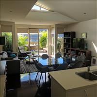 Share house Armadale, Melbourne $275pw, Shared 2 br apartment