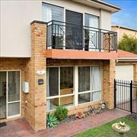 Share house Ashburton, Melbourne $210pw, Shared 3 br townhouse
