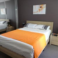 Share house East Perth, Perth $215pw, Shared 2 br apartment