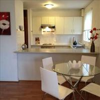 Share house North Adelaide, Adelaide $155pw, Shared 2 br apartment