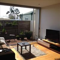 Share house Albert Park, Melbourne $330pw, Shared 2 br apartment