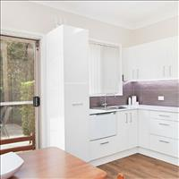 Share house Hamilton, Hunter, Central and North Coasts NSW $210pw, Shared 2 br townhouse