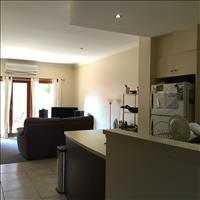 Share house Cooks Hill, Hunter, Central and North Coasts NSW $285pw, Shared 2 br semi
