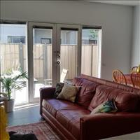 Share house Abbotsford, Melbourne $196pw, Shared 3 br townhouse