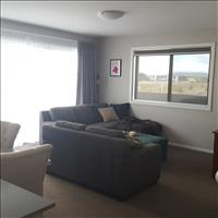 Share house Weston Creek, Australian Capital Territory $195pw, Shared 2 br apartment