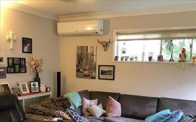 Share house Arana Hills, Brisbane $240pw, Shared 2 bedroom house