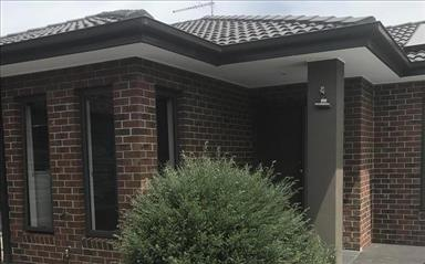 Share house Avondale Heights, Melbourne $180pw, Shared 3 bedroom townhouse