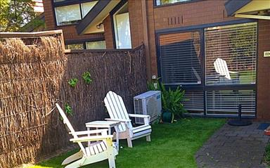 Share house Armadale, Melbourne $272pw, Shared 2 bedroom townhouse