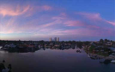 Share house Biggera Waters, Gold Coast and SE Queensland $225pw, Shared 3 bedroom apartment
