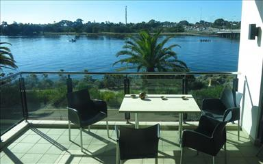 Share house Applecross, Perth $200pw, Shared 3 bedroom apartment