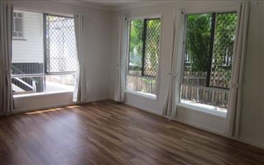 Share house Annerley, Brisbane $125pw, Shared 3 bedroom house