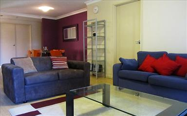 Share house West Perth, Perth $200pw, Shared 3 bedroom apartment