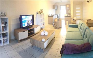 Share house Annerley, Brisbane $225pw, Shared 2 bedroom townhouse