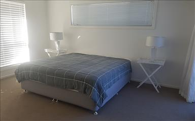 Share house Bundall, Gold Coast and SE Queensland $225pw, Shared 4+ bedroom house
