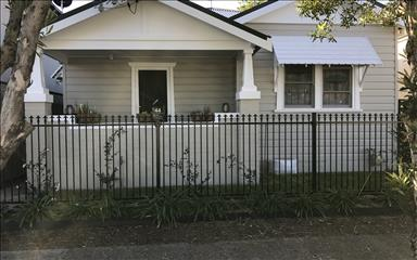 Share house Hamilton, Hunter, Central and North Coasts NSW $180pw, Shared 3 bedroom house