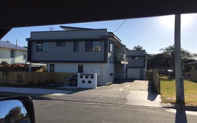 Share house Caloundra, Gold Coast and SE Queensland $200pw, Shared 3 bedroom townhouse