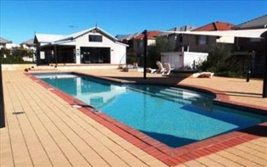 Share house Belmont, Perth $150pw, Shared 3 bedroom townhouse