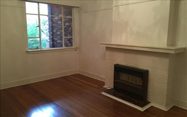 Share house Armadale, Melbourne $225pw, Shared 3 bedroom apartment