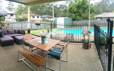 Share house Albany Creek, Brisbane $180pw, Shared 3 bedroom house