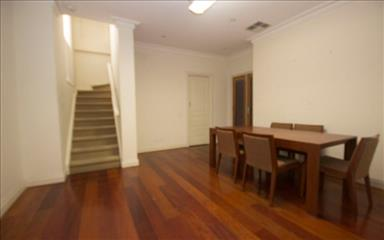 Share house Adelaide, Adelaide $207pw, Shared 3 bedroom townhouse