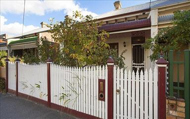 Share house Abbotsford, Melbourne $234pw, Shared 3 bedroom house
