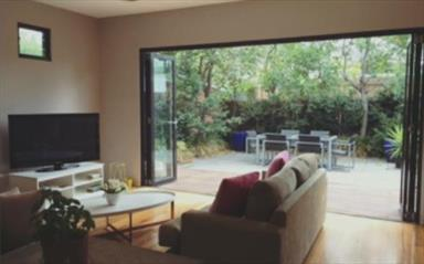 Share house Armadale, Melbourne $365pw, Shared 2 bedroom house