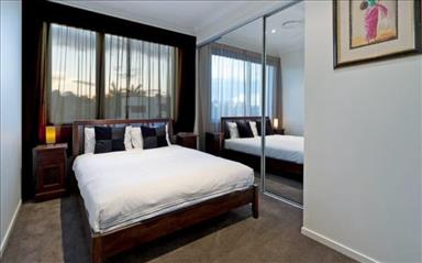 Share house Biggera Waters, South East Queensland $245pw, Shared 4+ bedroom duplex