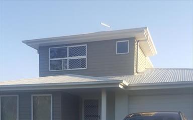 Share house Augustine Heights, Brisbane $125pw, Shared 3 bedroom duplex