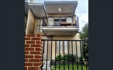 Share house Ascot Vale, Melbourne $190pw, Shared 3 bedroom townhouse