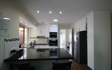 Share house Algester, Brisbane $200pw, Shared 3 bedroom house