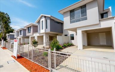Share house Forrestfield, Perth $130pw, Shared 2 bedroom townhouse