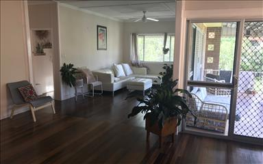 Share house Burleigh Heads, South East Queensland $200pw, Shared 3 bedroom house