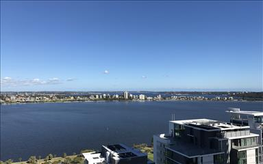 Share house East Perth, Perth $480pw, Shared 2 bedroom apartment