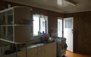 Share house Bardon, Brisbane $150pw, Shared 3 bedroom house