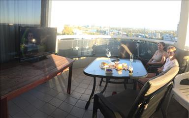 Share house East Perth, Perth $275pw, Shared 2 bedroom apartment