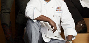 Top Chef Masters winner, Floyd Cardoz, dies from COVID-19