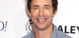 The Inside Scoop Of The Flash Season 5: Tom Cavanagh (Harry Wells)