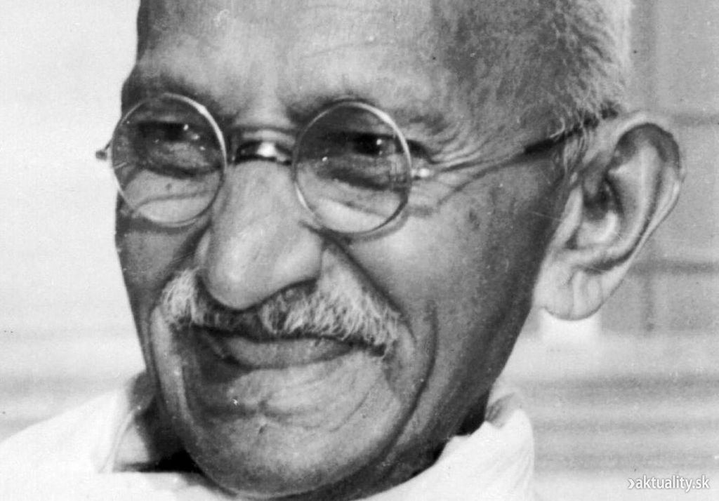 Sixth and final fatal assassination attempt on Gandhi