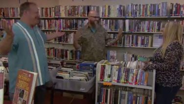 Thrift Hunters – Valley Of The Deals