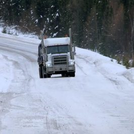 Ice Road Truckers S11: Bonus – The Polar Team